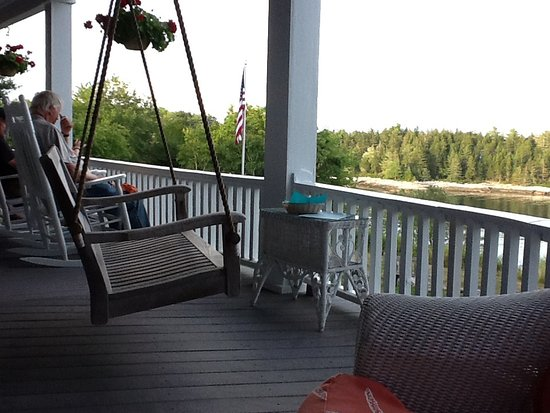 Georgetown, ME : Porch swing at Grey Havens