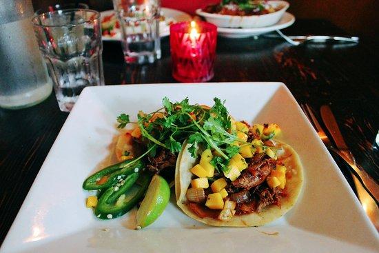 Perro Salado: Duck tacos