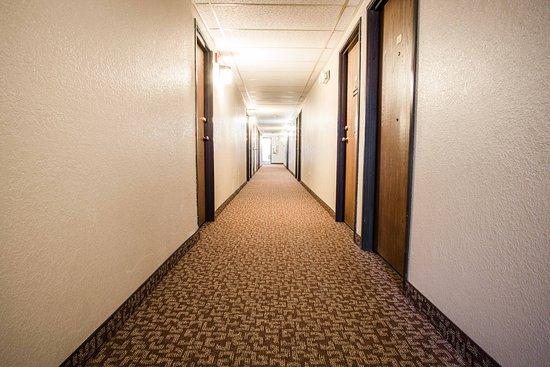 Grafton, Dakota du Nord : Hallway