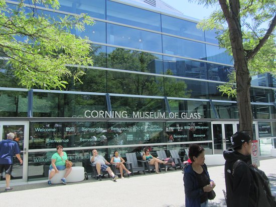 Corning, NY: Museum entrance