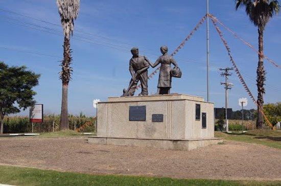 Holambra, SP: Memorial