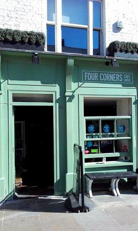 Four Corners Cafe - Lower Marsh, London SE1 (12/Aug/16).
