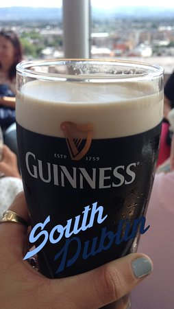 Tour Dublin: Guinness stout with panoramic view of Dublin