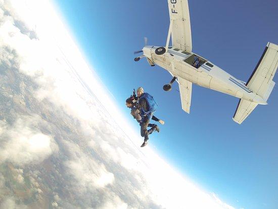 Sauter en Parachute: Le grand saut