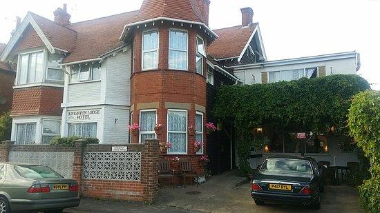 Knighton Lodge: 20160808_190909_large.jpg