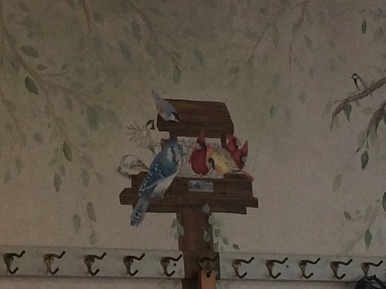 Ridgefield, CT: Cute Early Bird Mural.