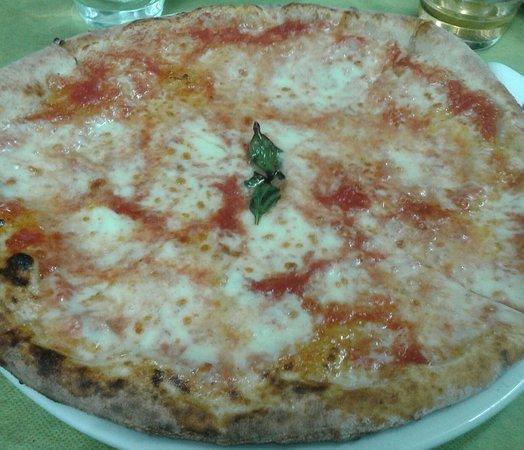 Pizzeria il giardino degli dei foto di pizzeria il - Il giardino degli dei ...