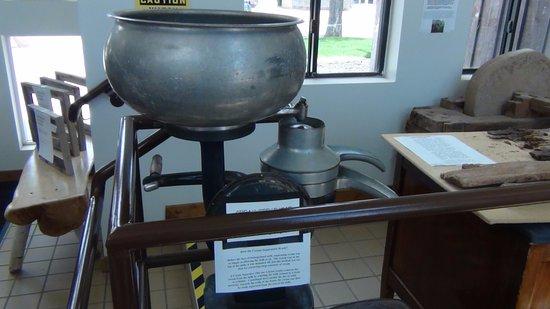 Monticello, UT: Cream Seperator
