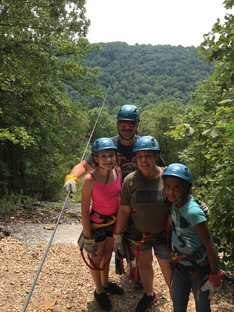 Reeds Spring, MO: We all survived the long zip -- ready to go again !