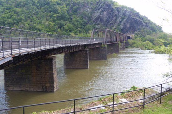 Harpers Ferry Footbridge Crossing The Potomac River Picture Of - Trip advisor harpers ferry