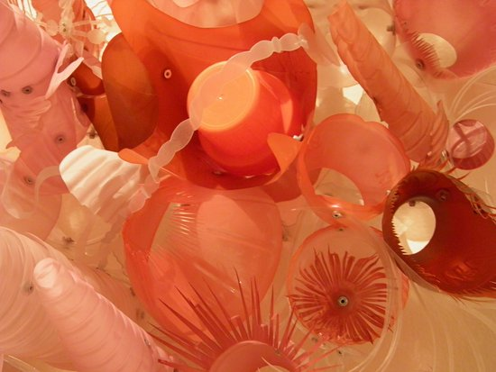 Honolulu Museum of Art Spalding House: Plastic as art - close-up
