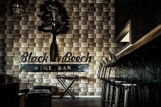 Oxford, Nueva Zelanda: Black Beech Pizza & Wine Bar