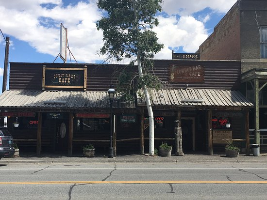 Meeteetse, WY: Cowboy Cafe and Bar