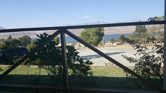 Paradise Cove Lodge: 20160812_174331_large.jpg