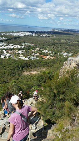 Coolum Beach, Austrália: On the way down on Mount Coolum