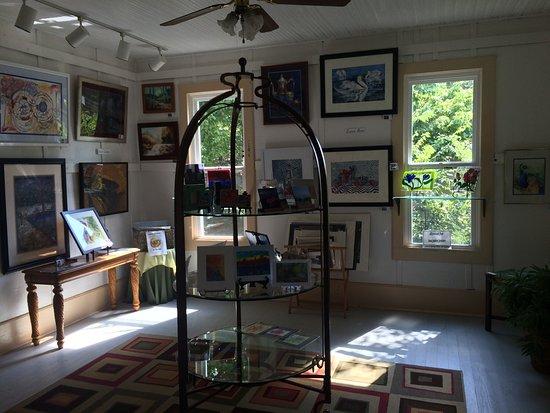 ฮาร์ดี, อาร์คันซอ: Spring River Art Gallery