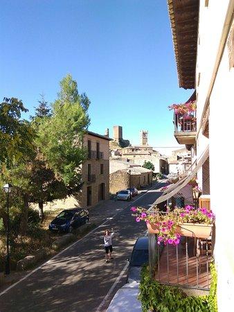 Uncastillo, España: IMG_20160810_094443_large.jpg