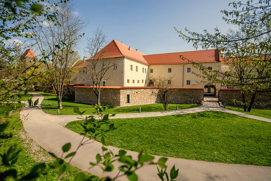 Prices & Reviews (Amberg, Germany