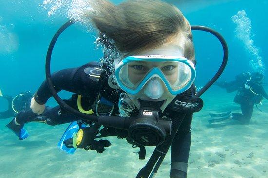 Safari Diving Lanzarote : Daughter diving