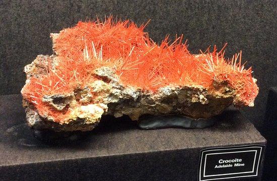Zeehan, ออสเตรเลีย: Tasmania's mineral emblem - Crocoite