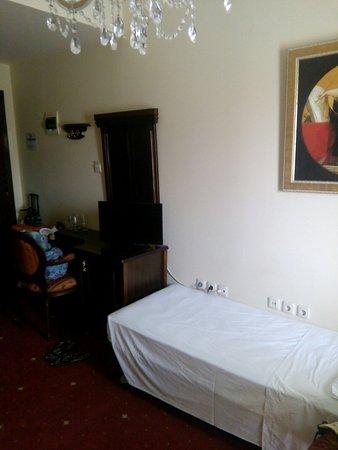 Santa Beach Hotel: IMG_20160807_125119_large.jpg