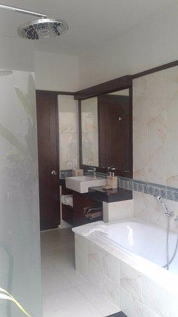 Gambar Puri Mesari Hotel & Suites