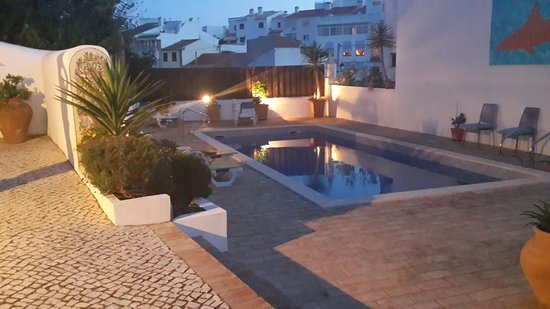 Rio Arade: Lovely Inner Courtyard at dusk