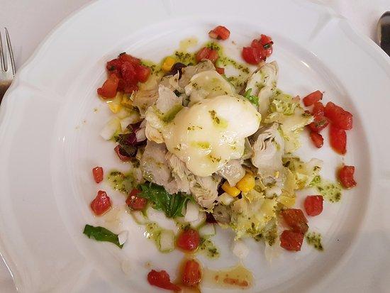 Cafe De L'Academia: ensalada con alcachofas