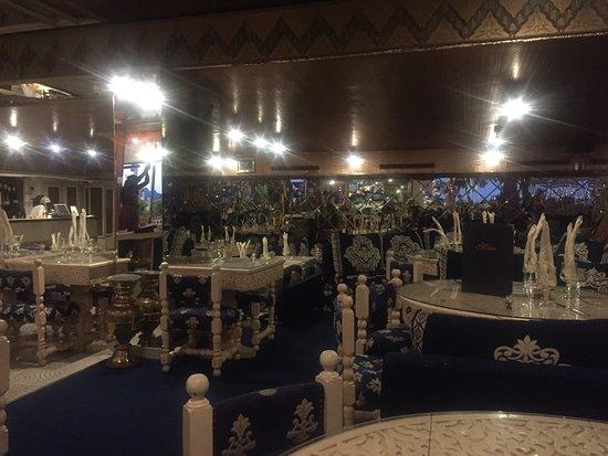Le palais oriental cannes restaurant avis num ro de for Meilleur resto cannes