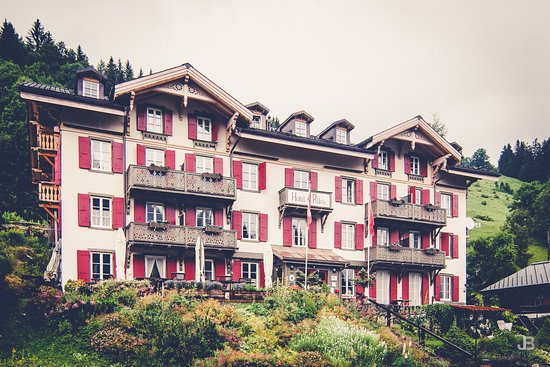 Hotel du Pillon Photo