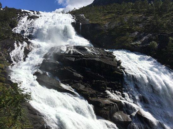 Kinsarvik, Norveç: photo1.jpg