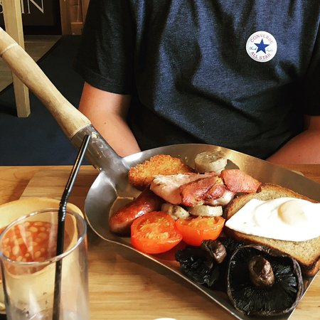 Cornwall Gold Breakfast On A Shovel