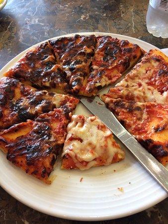 Rhyl, UK: Same pizza?