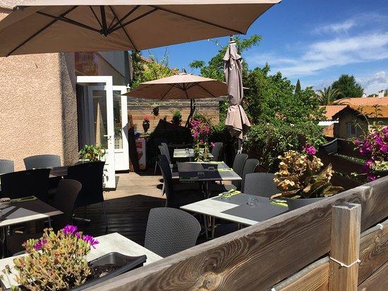 Boujan sur Libron, Francja: Terrasse