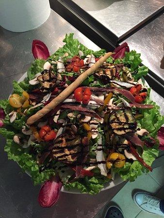 Boujan sur Libron, Francja: Salade