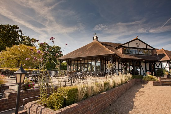 Hever Castle Golf Club: Clubhouse Terrace