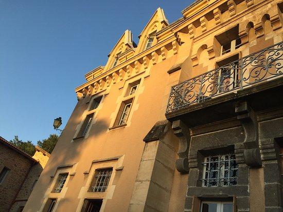 Chateau d'Urbilhac : photo1.jpg