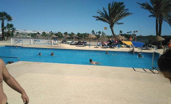 Balerma bilder foton balerma province of almeria for Jocs de piscina