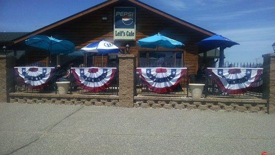 Eagle River, WI: Leif's Cafe Patio