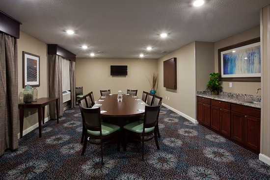 Glenwood, MN: Meeting Room Available