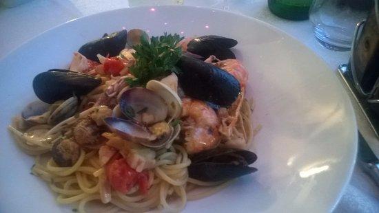 Paratico, Italy: spaghetti allo scoglio