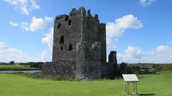 Threave Castle: photo0.jpg