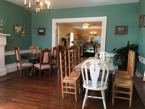Union, WV: Nanny's Bakery and Cafe