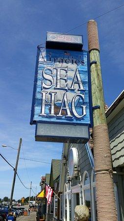 Gracie's Sea Hag, Depoe Bay
