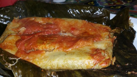 เกรตเนค, นิวยอร์ก: Tamal Guatemalteco. Delicious. I wish the inside pork were fattier, but not everyone likes fatty