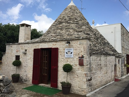 Photo of Hotel Sovrano Alberobello