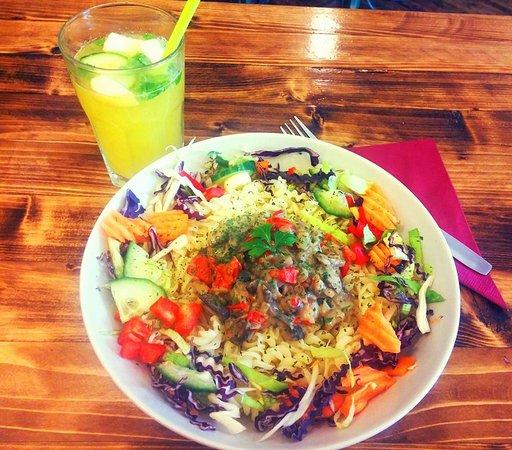 Kaja Tanya - food