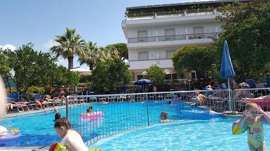 Alpha Hotel: 20160806_112415_large.jpg