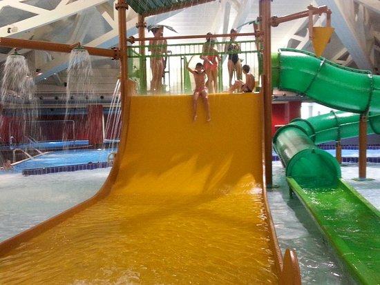 Super scivolo foto di aquagranda active you livigno - Piscina al coperto con scivoli ...