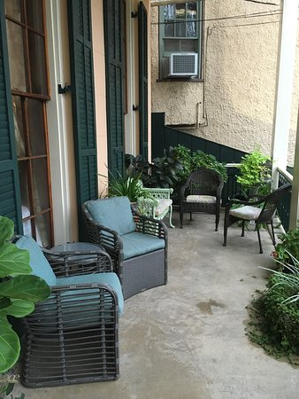 The Parisian Courtyard Inn: photo0.jpg